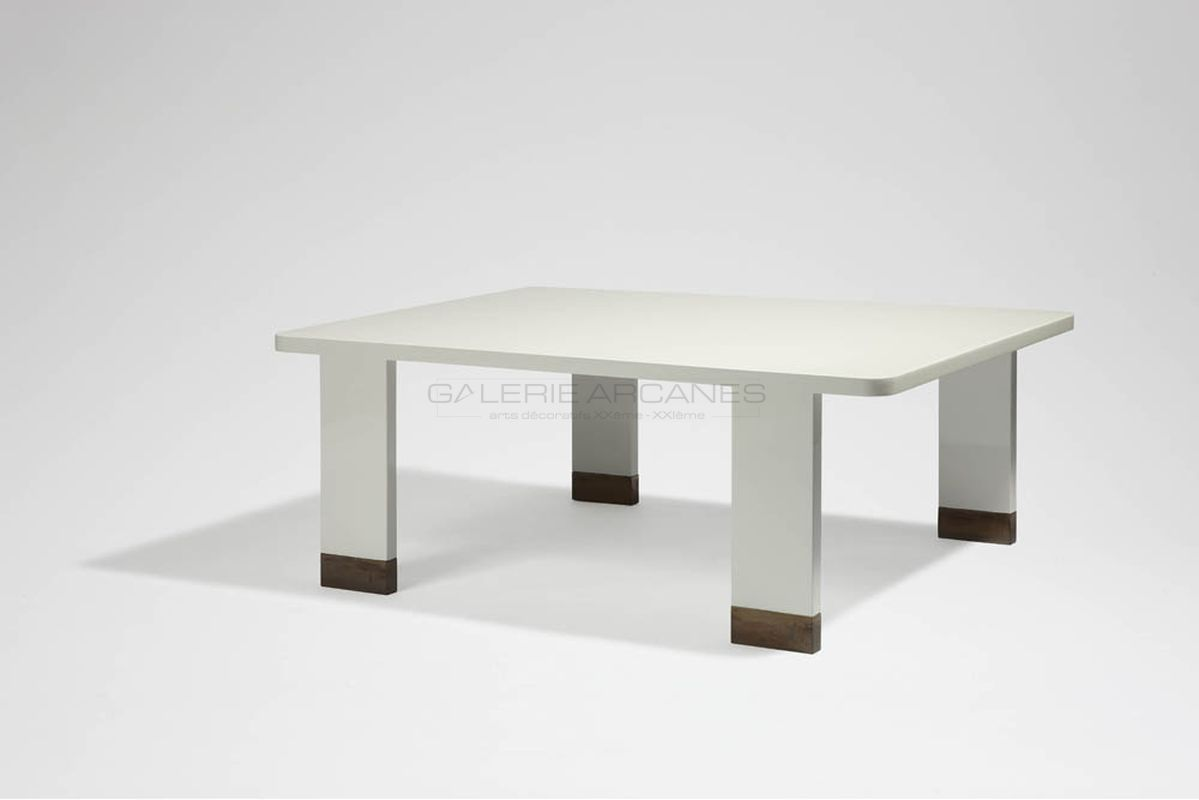 Quinet Jacques - Table basse laquée blanc 1974 _ Galerie Arcanes l Arts Décoratifs XXe - Art Contemporain Paris
