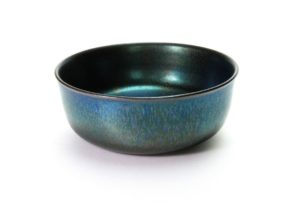 Iridescent black bowl, 2016 | Jean Girel