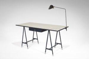 Grand bureau bleu, cuir et Formica, circa 1950-1960 | Jacques Quinet