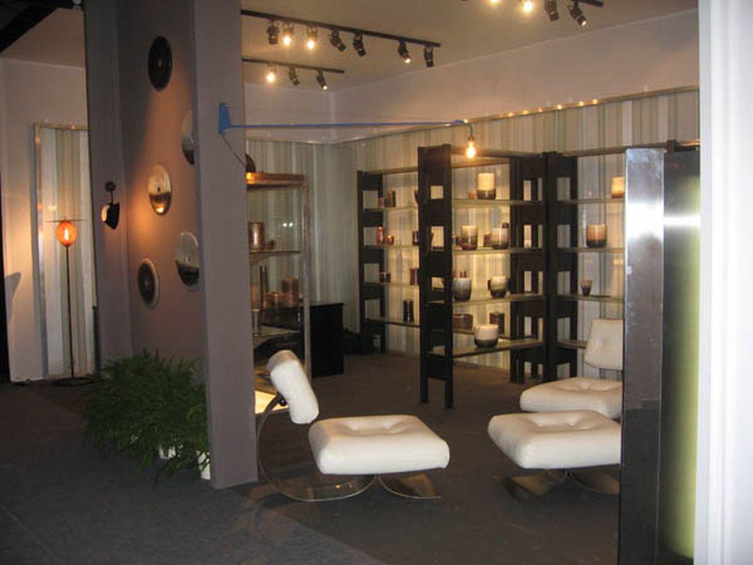2008-04- Pavillon des Arts et du Design. Jean Girel et Valerie Hermans. Porcelaines - Ambiance_ Galerie Arcanes l Arts Décoratifs XXe - Art Contemporain Paris,