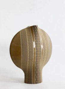 Calice jaune ocre, grès, 2017 | Hélène Morbu