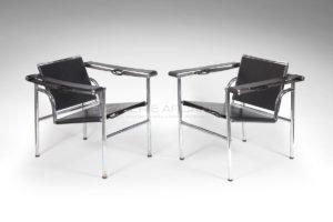 Fauteuils LC1, cuir noir, circa 1930-1940 | Le Corbusier, Charlotte Perriand, Pierre Jeanneret