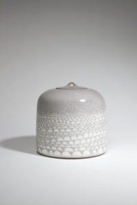Boîte «cailloux» en porcelaine | Valérie Hermans