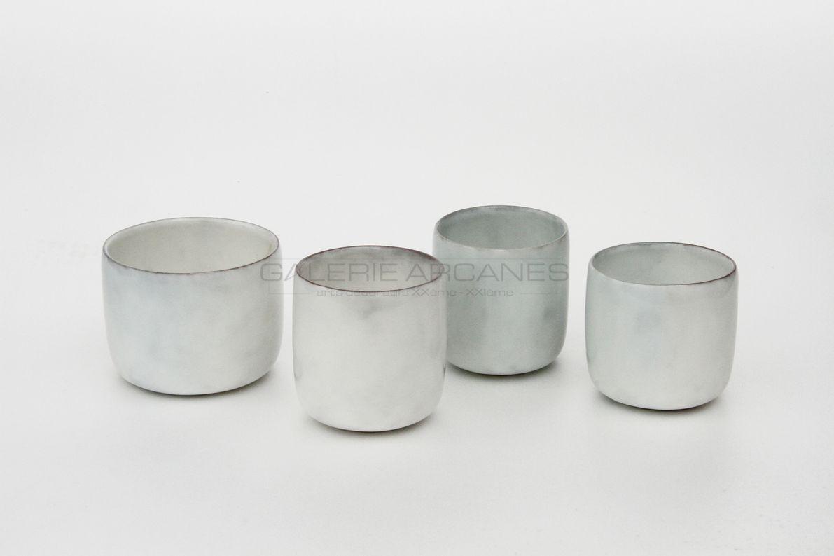 Hermans Valérie - Petites tasses nuage_ Galerie Arcanes l Arts Décoratifs XXe - Art Contemporain Paris