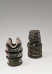 Deux vases grège et gris | Gustavo Perez