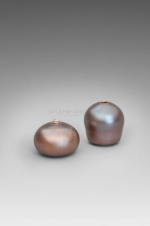 Hermans Valérie - Porcelaines moirées irisées bis_ Galerie Arcanes l Arts Décoratifs XXe - Art Contemporain Paris