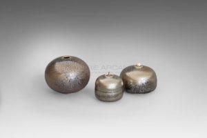 Vase boule et boîtes bijou métallescentes étoilées | Valérie Hermans