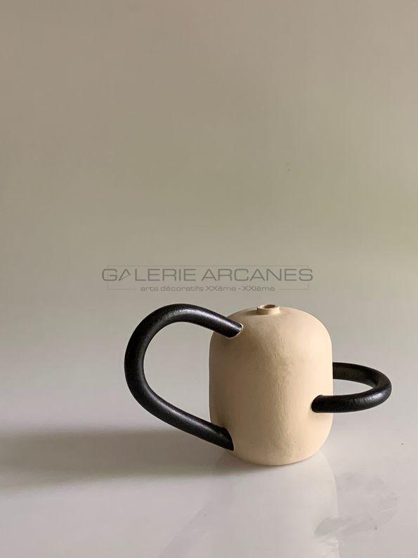Bonnefoy Mercuriali Jeanne - Jeu d'anses, céramique en grès-8_ Galerie Arcanes l Arts Décoratifs XXe - Art Contemporain Paris