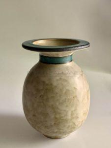 Vase ovoïde grège, col à bandeau vert, 1900-1930 | Louis Lourioux