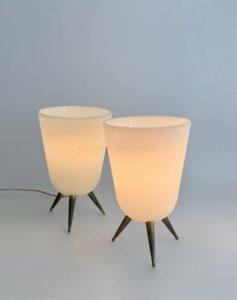 Paire de lampes de table, verre opalin | Jean Perzel